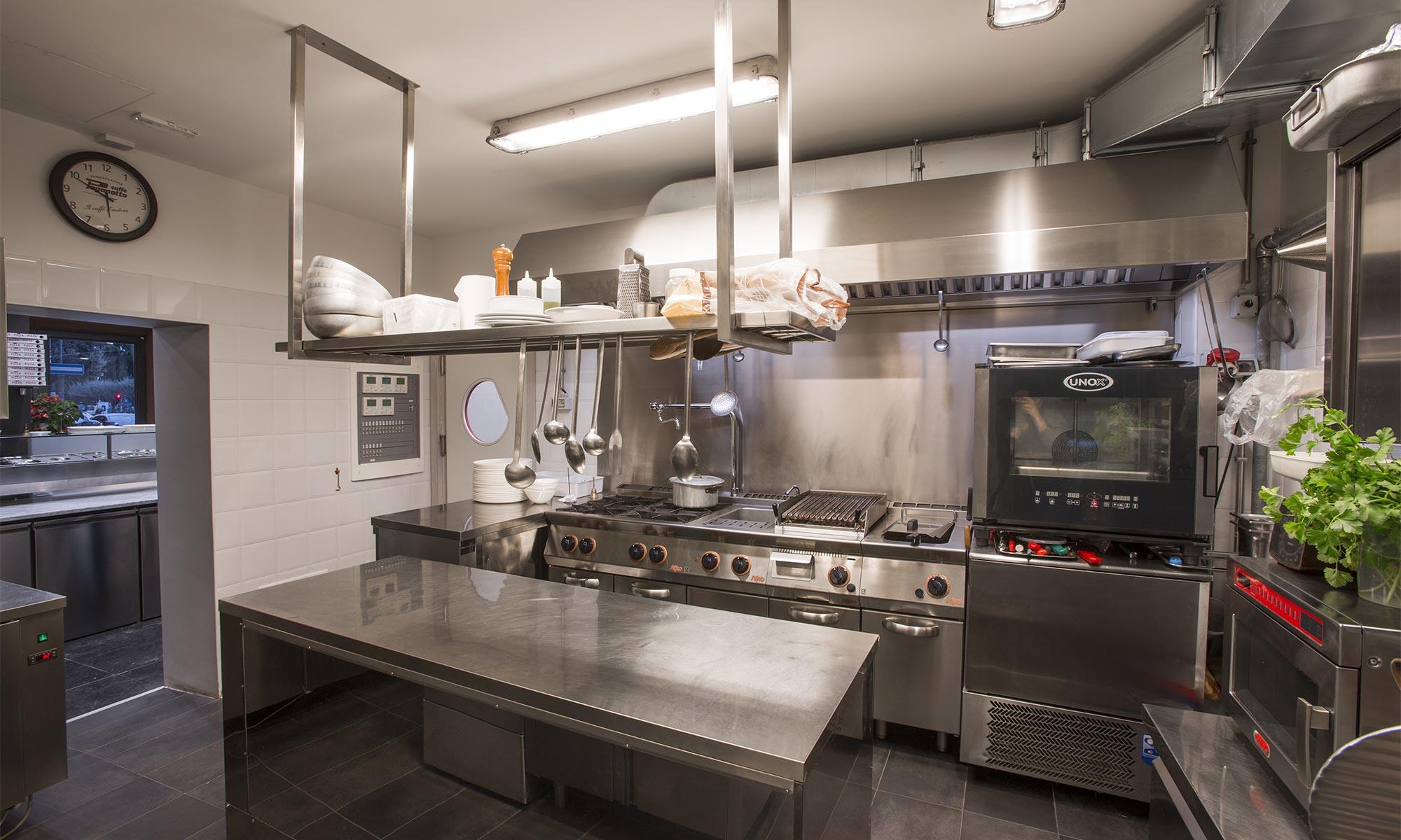 Pizzeria torre 5 sat arredamenti for Sat arredamenti