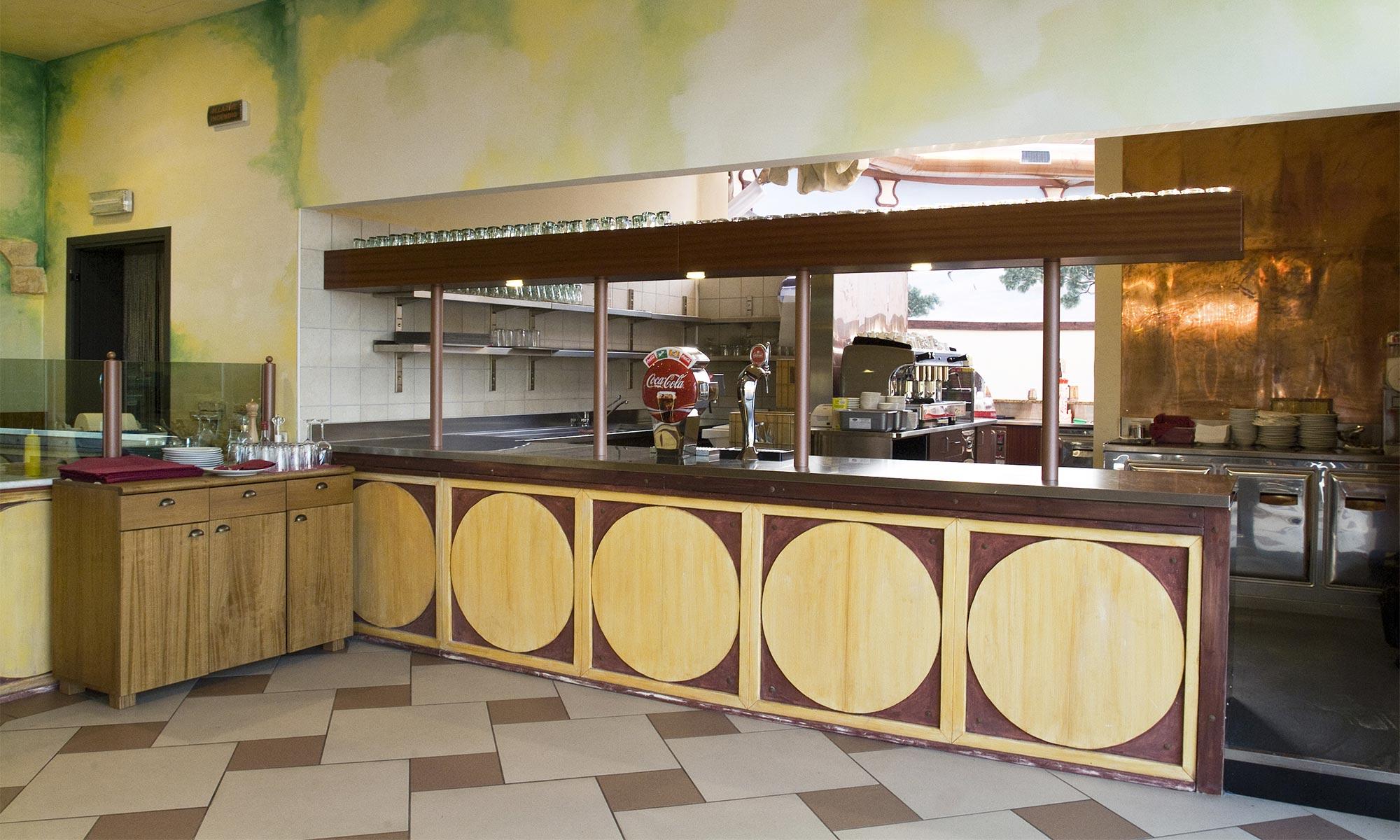 Miragica ristorante sat arredamenti for Sat arredamenti